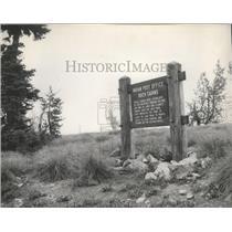 1959 Press Photo Indian Post Office Rock Cairns signage-Idaho - spa66887
