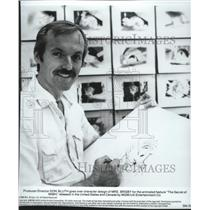 1983 Press Photo Cartoonist, Don Bluth goes over character design of Mrs Brisby