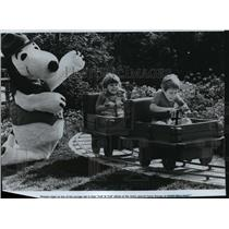 1983 Press Photo Youngsters play at new Camp Snoopy at Knott's Berry Farm