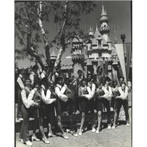 1979 Press Photo All-American College Singers strike a pose at the Disneyland