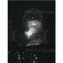 1981 Press Photo Fireworks above Space Mountain -Walt Disney World Magic Kingdom