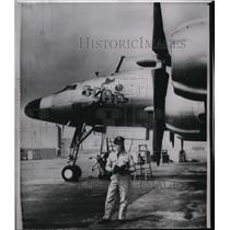 1960 Wire Photo Airplane named SCAP heads to Tokyo for Gen. MacArthur's use