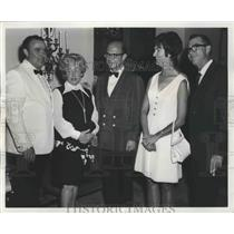 1969 Press Photo Albert Aschaffenburg with the Cieutats and McChesneys
