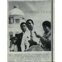 1968 Press Photo Reverend Ralph David Abernathy at Alabama Capitol Building