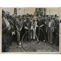 1925 Press Photo New York Mayor LaGuardia, Gen Hugh Johnson-Ground Breaking NYC
