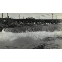 1930 Press Photo Spokane River, at the falls with trolly in background