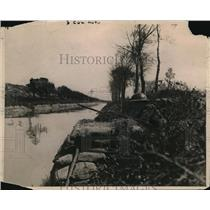 1918 Press Photo American Outpost on Canal Bank on West Front - nem35118