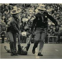 1984 Press Photo Anti-Nuclear protestor dragged from football field - mja81439