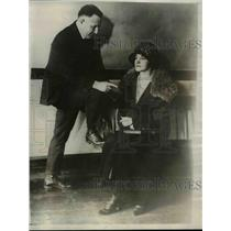 1923 Press Photo George W Allen & Mrs. Holbrook Testify Against Philip Fox