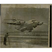 1975 Press Photo YC-15 McDonnell Douglas Cargo Jet - RRY61671