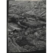 1950 Press Photo Hungry Horse Dam construction - spa59154