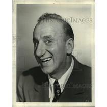 1941 Press Photo Portrait of Jimmy Durante - mjx30432