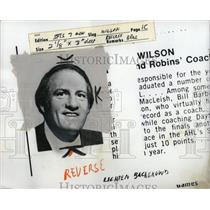 1977 Press Photo Larry Wilson hockey coach Black Hawks - RRY64137