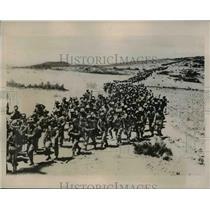1935 Press Photo Column of Italian Troops cross Ethiopian Plains toward Aksum