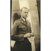 1926 Press Photo Lieutenant L.C. Elliott, Pilot of pathfinder plane - mjx30137