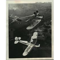 1964 Press Photo Two planes perform an air stunt - mjx30664
