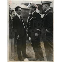 1931 Press Phot Pilot Dieudonne Coste Greets John Polando & Russell Boardmen