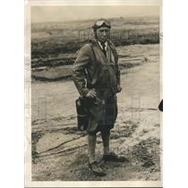 1929 Press Photo Merle A. Moltrup pilot of Monoplane attempted endurance mark