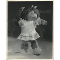 1983 Press Photo Cabbage Patch Kid Dolls are the  New Kid on the Block