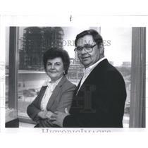 1989 Press Photo Rose and Bob Gacsko, Amoco Refinery Em- RSA45531