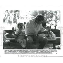 1900 Press Photo John Travolta as James with his kids in Look Whoâ€s Talking Too
