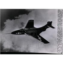 1952 Press Photo US Navy fighter plane Gruman F9F-6 Cougar during test flight