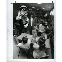 1987 Press Photo Pinocchio Disney Character Temple - RRU61821
