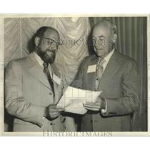 1971 Press Photo Tommy Goddhaux and Homer Bartee, LA Assoc. of Mental Health