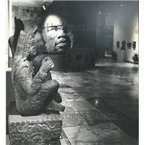 1901 Press Photo Scowling Face Sculpture  - sba00039