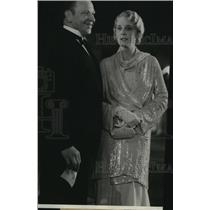 1932 Press Photo Woman wearing Evening Gown and Man wearing Tuxedo - spp45009