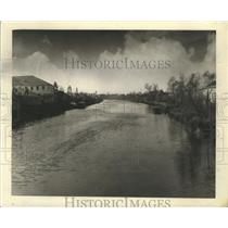 1940 Press Photo Bayou Lafourche is fully settled along almost entire length