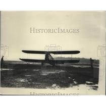 1926 Press Photo Ralph Fisher Plane Arrives in Cleveland Airport, Ohio