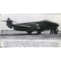 1944 Press Photo Pilot Eric Greenwood raced jet-powered Gloster Meteor plane