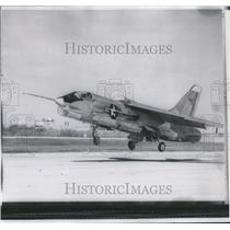1958 Press Photo F8U-l Crusader fighter jet - spw12358