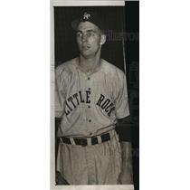 1951 Press Photo Arkansas-Little Rock baseball player, Bob McColl. - abns00727