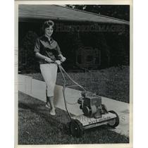 1861 Press Photo Moto-Mower, A Power Lawn Mower - mjb18087