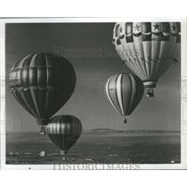 1975 Press Photo Hot Air Balloons over Albuquerque, New Mexico - nox05636
