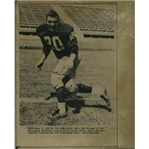 1964 Press Photo Washington Redskins football player Bobby Freeman. - abns01031
