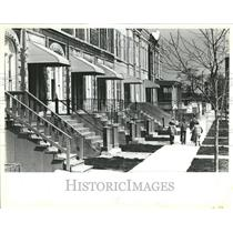 1983 Press Photo Tri Taylor Historical places West Side - RRV42199