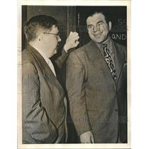 1940 Press Photo Lionel Stander comedian & attorney Robert Kenny in LA