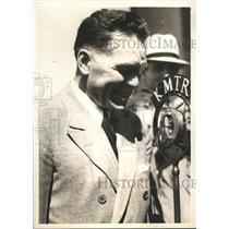 1932 Press Photo Radio Host Floyd Gibbons in New York - sbx07364