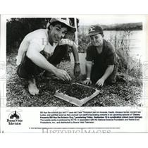 "1993 Press Photo Bill Nye hosts ""Disney Presents Bill Nye the Science Guy"""