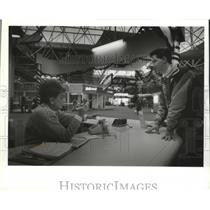 1993 Press Photo Helen Reinke, Travelers Aid, Mitchell Airport and Aaron Mertes