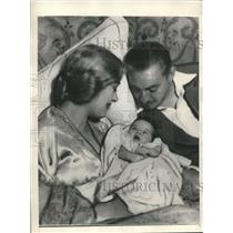 1932 Press Photo American Actor John Barrymore with his son John Blythe