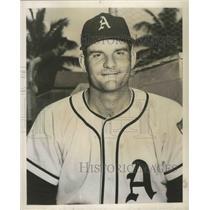 1953 Press Photo Alabama-Birmingham A's baseball player Harry Byrd. - abns02453