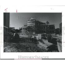 1988 Press Photo Construction of the American Red Cross, Houston, Harris County