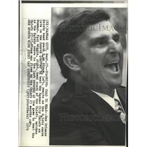 1976 Press Photo New Orleans Saints Head Coach Hank Stram Cheering On His Team