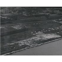 1946 Press Photo Aerial View of Maitland Field Airport, Milwaukee - mjx37469