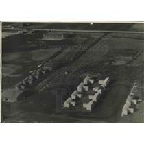 1932 Press Photo Aerial view of Mitchell Field hangars, Milwaukee, Wisconsin