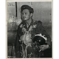 1952 Press Photo 1st Lt. Cecil G. Foster, of San Antonio, Texas - sba05232